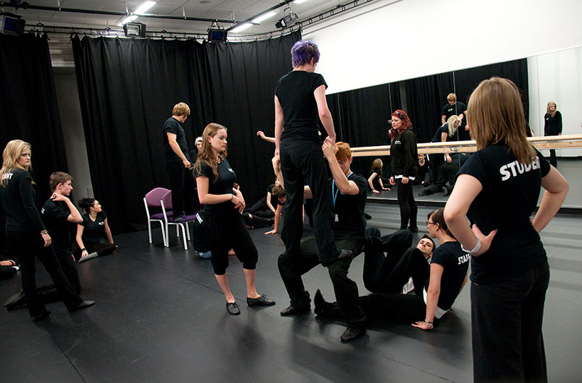 The dance studios include full-length mirrors and a ballet bar, and are suitable for dance, drama and keep-fit activities.