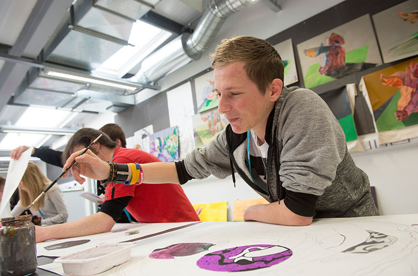 Art and design classes have a practical focus, allowing students to develop their talents further.